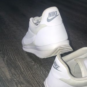 Nike Shoes - ❤️ NIKE CREME N WHITE CORTEZ ULTRA ❤️